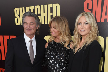 Kate Hudson Kurt Russell Premiere of 20th Century Fox's 'Snatched' - Red Carpet