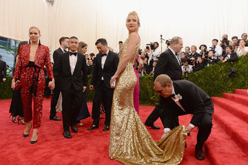Kate Hudson Michael Kors 'China: Through The Looking Glass' Costume Institute Benefit Gala - Arrivals