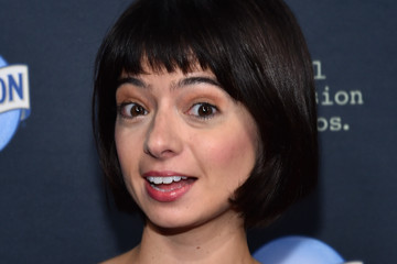 Kate Micucci Premiere Of FX's 'The Comedians' - Red Carpet
