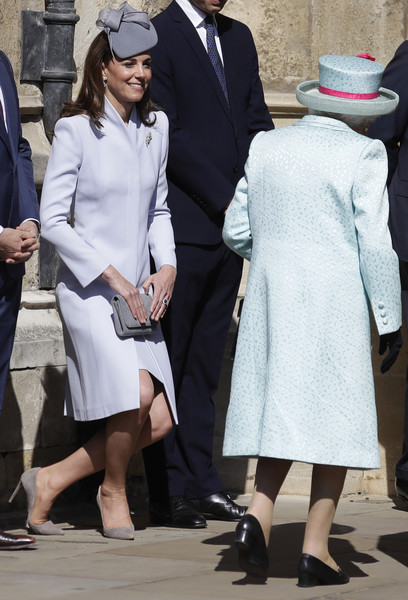 f54bbfff10372 Kate Middleton and Queen Elizabeth II Photos»Photostream · Pictures · The  Royal Family Attend Easter Service At St George s Chapel