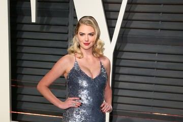 Kate Upton 2017 Vanity Fair Oscar Party Hosted By Graydon Carter - Arrivals