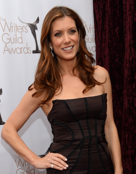http://www3.pictures.zimbio.com/gi/Kate+Walsh+2013+WGAw+Writers+Guild+Awards+0SB59OuPSkBl.jpg