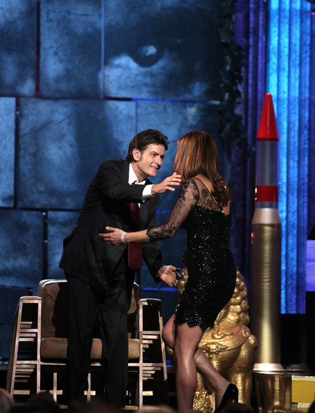 http://www3.pictures.zimbio.com/gi/Kate+Walsh+Comedy+Central+Roast+Charlie+Sheen+5_N3o_Lolpul.jpg