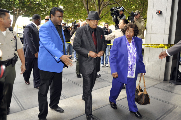 http://www3.pictures.zimbio.com/gi/Katherine+Jackson+Preliminary+Hearing+Dr+Conrad+UI7LlbqNG1ml.jpg
