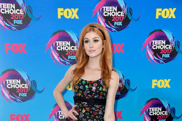Katherine McNamara Teen Choice Awards 2017 - Arrivals