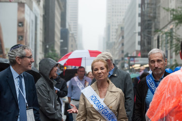 Kathie Lee Gifford Celebrate Israel Parade Marches Up New York's Fifth Avenue