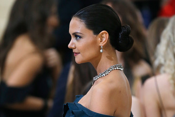Katie Holmes 'Rei Kawakubo/Comme des Garcons: Art of the In-Between' Costume Institute Gala - Outside Arrivals