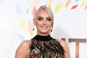 Katie McGlynn National Television Awards 2020 - Winners Room