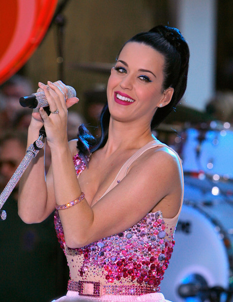 Image of Katy Perry Hairstyle