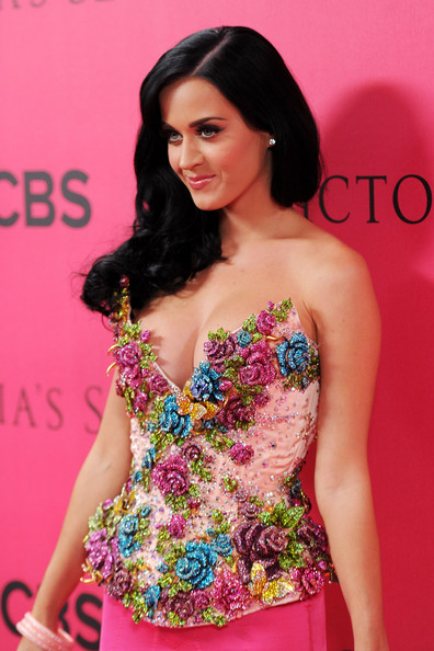 Katy Perry Singer Katy Perry  arrives for the 2010 Victoria's Secret Fashion Show at the Lexington Avenue Armory on November 10, 2010 in New York City.