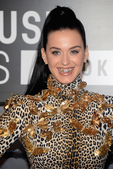 Katy Perry - Arrivals at the MTV Video Music Awards — Part 4
