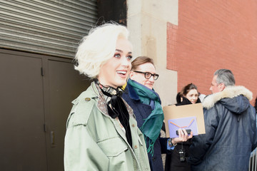 Katy Perry Marc Jacobs Fall 2017 Show - Arrivals