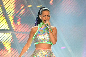 Katy Perry Sparkles Down Under