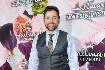 Kavan Smith Hallmark Channel and Hallmark Movies and Mysteries Winter 2018 TCA Press Tour - Red Carpet