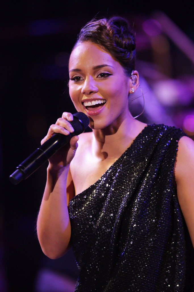 dating history of alicia keys Adam levine dating history popsugar jane herman bishop and adam levine dated from 1997 and 2001 they were high school sweethearts she apparently inspired levine quite a bit as maroon 5's hit debut album is called songs about jane originally a model, herman bishop is now a new york.