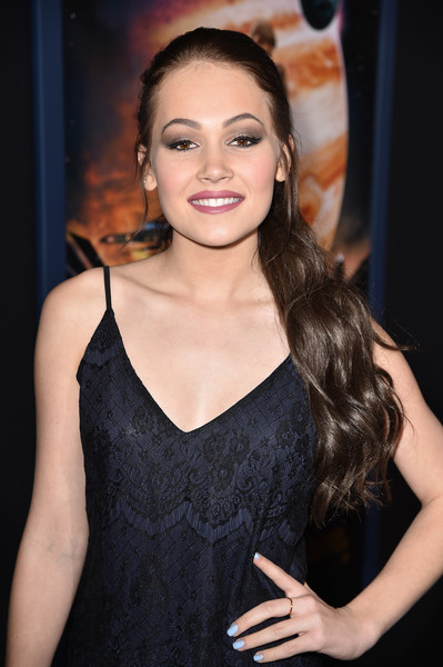 'Jupiter Ascending' Premieres in Hollywood — Part 2 [jupiter ascending,hair,hairstyle,eyebrow,beauty,long hair,lip,fashion,fashion model,brown hair,dress,red carpet,kelli berglund,california,hollywood,tcl chinese theatre,warner bros. pictures,premiere]