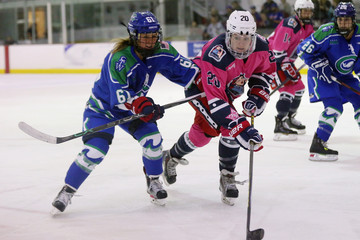 Kelli Stack A Day in the Life of the New York Riveters Women's Hockey Team