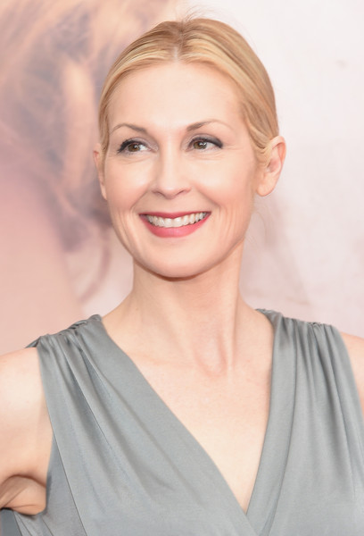 Kelly Rutherford age