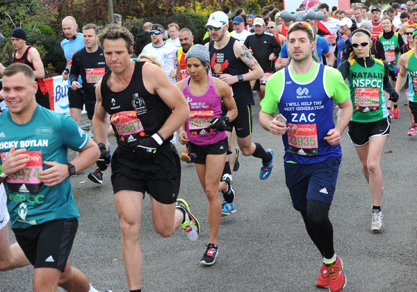 Celebrities Participate in the Virgin London Marathon [celebrities,james cracknell,kelly holmes,sports,marathon,running,long-distance running,outdoor recreation,athletics,recreation,ultramarathon,cross country running,individual sports,the virgin london marathon,london,england]