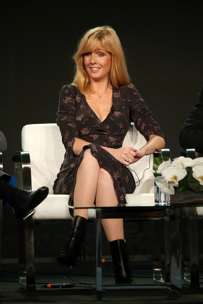 http://www3.pictures.zimbio.com/gi/Kelly+Reilly+Winter+TCA+2018+Viacom+c825n1Boterx.jpg