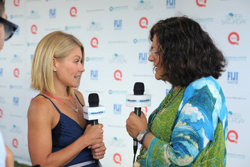 Kelly Ripa FIJI Water At Super Saturday Co-Hosted By Kelly Ripa And Donna Karan
