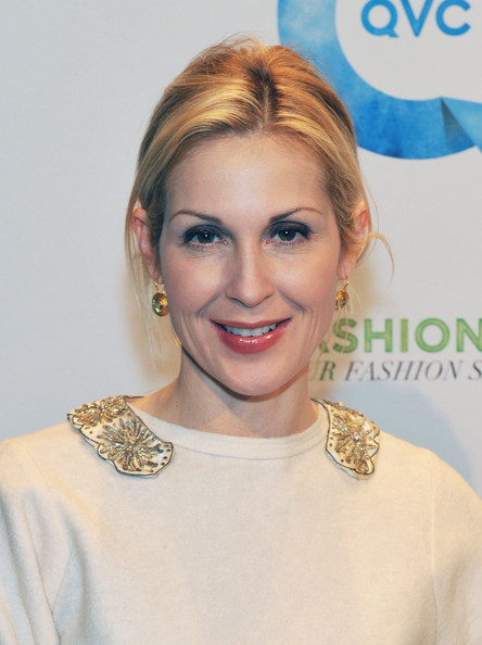 Kelly Rutherford - Beautiful HD Wallpapers