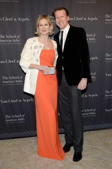who is kelly rutherford dating 2015 It looks like kelly rutherford is moving on the actress, who played lily van der woodsen in the hit show gossip girl, was seen smooching her new boyfriend t.