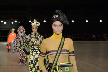 Kendall Jenner Marc Jacobs SS18 Collection - Runway