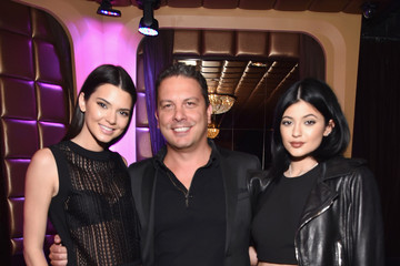 Kendall Jenner Kendall And Kylie Jenner Celebrate Their Magazine Cover