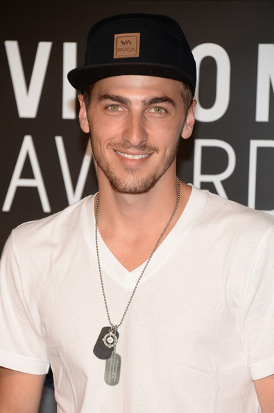 Kendall Schmidt - Arrivals at the MTV Video Music Awards — Part 4