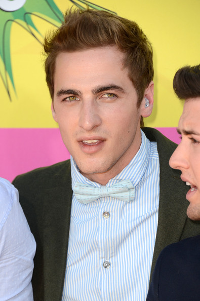 is kendall schmidt dating anyone 2013 Kendall schmidt dating history, 2018, 2017, list of kendall schmidt who is he dating right now chef boyardee: big time rush commercial, 2013, movie he's said in all interviews this year that he is single and not seeing anyone.