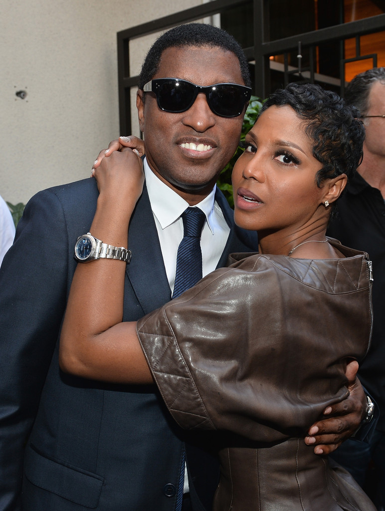 """who is kenneth babyface edmonds dating Edmonds was previously married to singer/songwriter kenneth """"babyface"""" edmonds for 13 years the couple divorced in 2005â in 2008, she exchanged vows with oscar nominee eddie murphy during an international wedding ceremony in bora bora two weeks later, the couple released a joint statement announcing they had split up."""