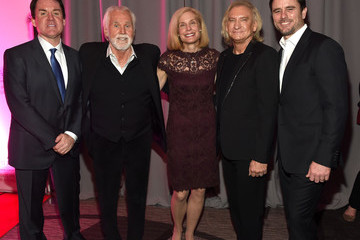 Kenny Rogers T.J. Martell Foundation 8th Annual Nashville Honors Gala - Arrivals