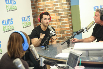 Kevin Jonas Kevin Jonas Visits 'The Elvis Duran Z100 Morning Show'