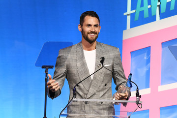 Kevin Love 11th Annual Shorty Awards - Ceremony