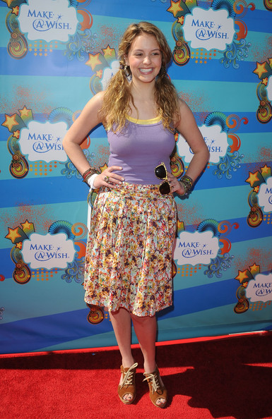 Gage Golightly Actress Gage Golightly arrives at the Make A Wish Foundation event hosted by Kevin and Steffiana James at Santa Monica Pier on March 14, 2010 in Santa Monica, California.