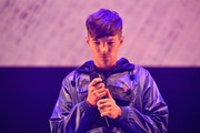 Louis Tomlinson performs on stage during Key 103 Live held at the Manchester Arena on November 9, 2017 in Manchester, England.