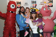Violet Grohl and Harper Grohl Photos Photo