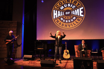 Kim Carnes The Country Music Hall of Fame and Museum Presents 'Conversation and Performance: Kim Carnes'