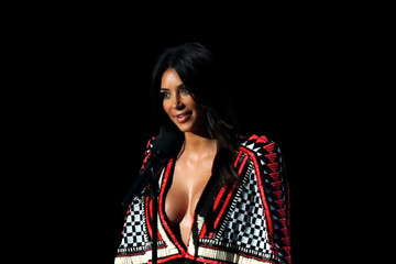 Kim Kardashian MTV Video Music Awards Show