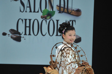 Kim Yoo Jung Salon Du Chocolat 2012 - Fashion Chocolate Show