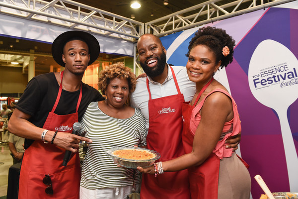 Cast From Almost Christmas.Kimberly Elise Photos Photos Almost Christmas Cast