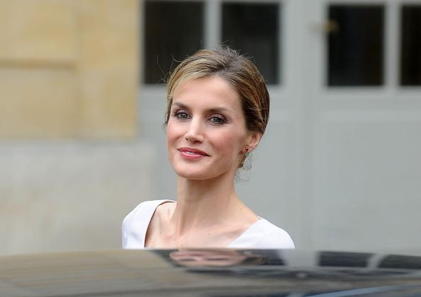 Queen Letizia of Spain leaves the Hotel Matignon on July 22, 2014 in Paris, France. King Felipe VI and Queen Letizia of Spain are on an offical day visit in France.