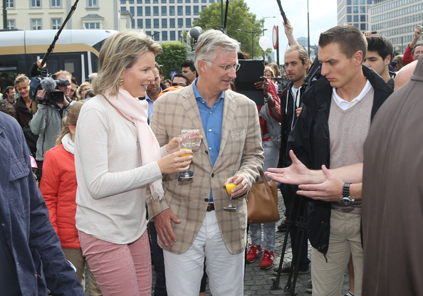 Queen Mathilde and King Philippe of Belgium attend the Car Free in Brussels on September 21, 2014 in Brussels, Belgium.