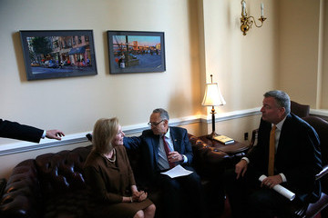 Kirsten Gillibrand Bill De Blasio Meets with NY State Senators