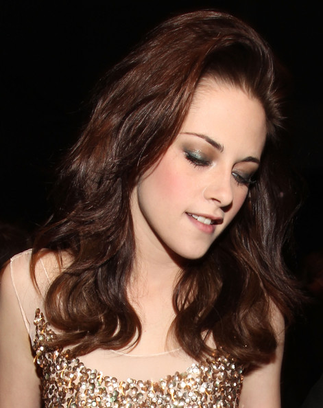 kristen stewart hair 2011. kristen stewart photos 2011
