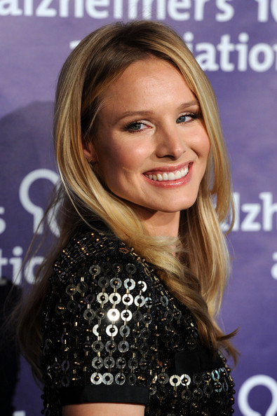"Kristen Bell Actress Kristen Bell arrives at the 19th Annual ""A Night At Sardi's"" benefitting the Alzheimer's Association, at the Beverly Hilton Hotel on March 16, 2011 in Beverly Hills, California."