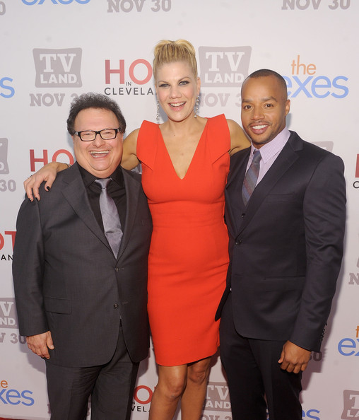 Donald Faison Kristen Johnston Wayne Knight Kristen Johnston And Wayne Knight Photos Tv Land Holiday Premiere Party For Hot In Cleveland And The Exes Zimbio