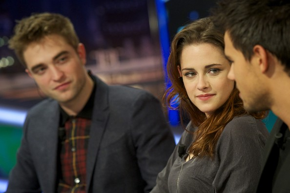 Kristen Stewart - Robert Pattinson and Kristen Stewart Attend 'El Hormiguero' Tv Show