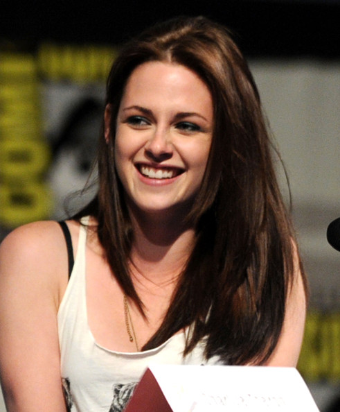 "Kristen Stewart Actress Kristen Stewart speaks at the ""Snow White and the Huntsmen"" Panel Discussion during Comic-Con 2011 on July 23, 2011 in San Diego, California."